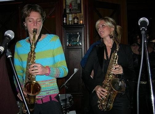 Candy Dulfer Naomi Adriaansz female saxplayers